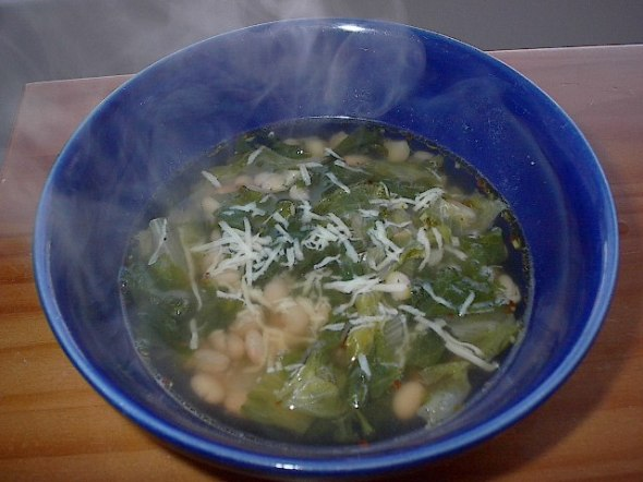 escarole white bean soup