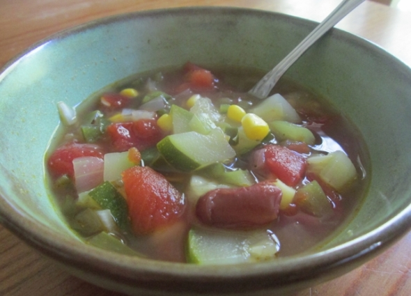 Southwestern Vegetable and Bean Soup